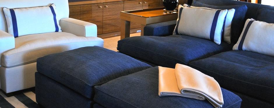 Tappezzeria ravasi arredamenti in stoffa poltrone for Tappezzeria per divani